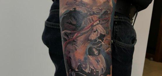 tatuaż kolor