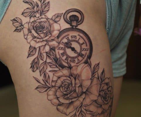 tatuaż zegar